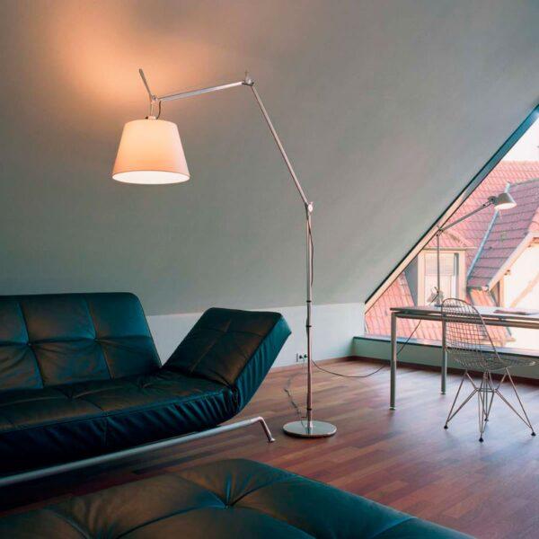 Lámpara de pie Tolomeo Maxi cromo y blanco Artemide-345