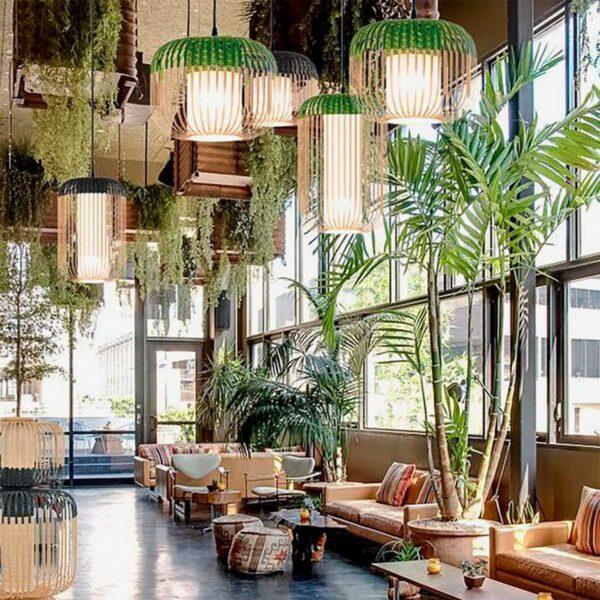 Lámpara colgante exterior Bamboo Light L natural y verde Forestier-641
