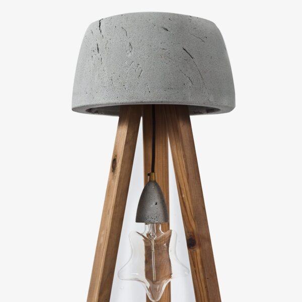 Detalle pantalla lámpara de cemento y madera