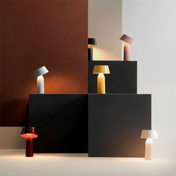 Lámpara de sobremesa Bicoca rojo vino Marset-798