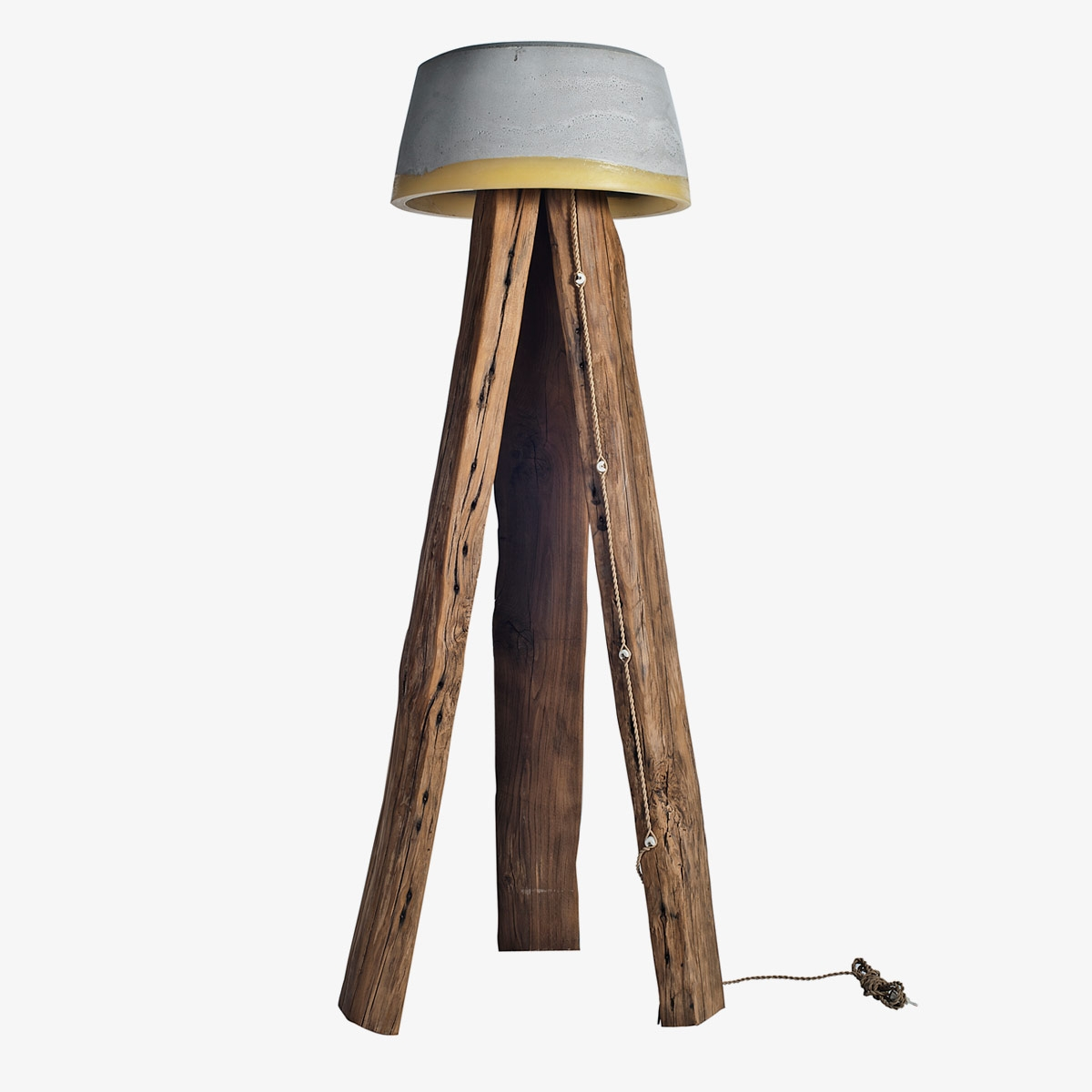 Lámpara de pie Cogomelo XL cemento y madera   A Vida