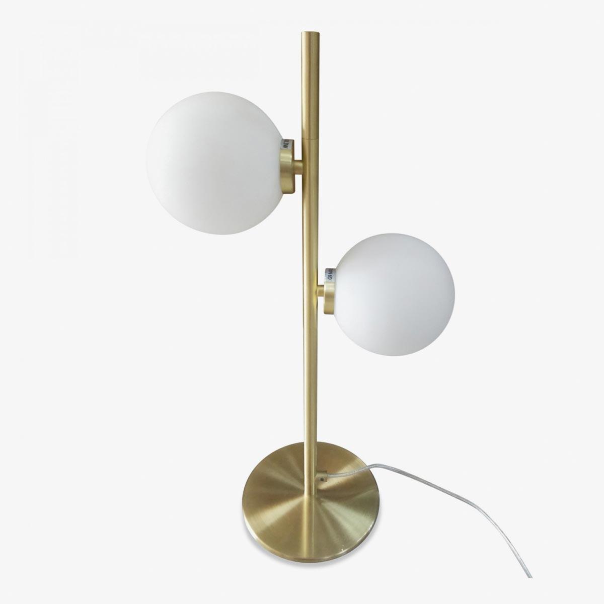 Lámpara sobremesa dos esferas de vidrio blancas y pie dorado