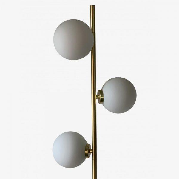 lampara-de-pie-edmond-blanco-y-dorado-opjet-foto-2