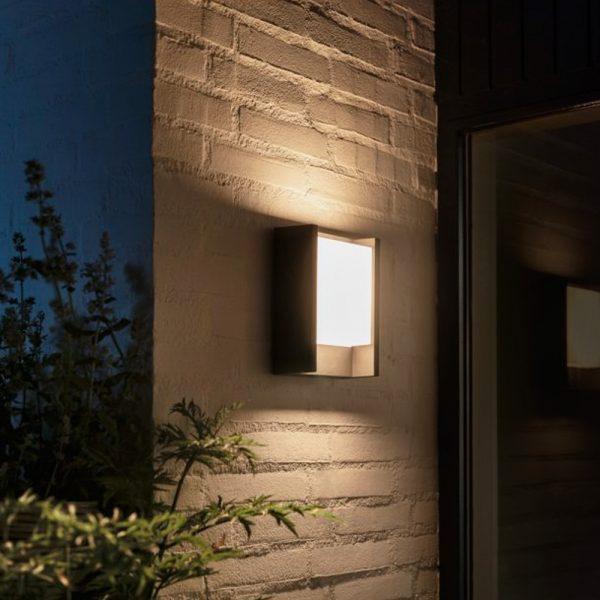 aplique-de-pared-exterior-fuzo-led-rectangular-negro-philips-hue-foto-4