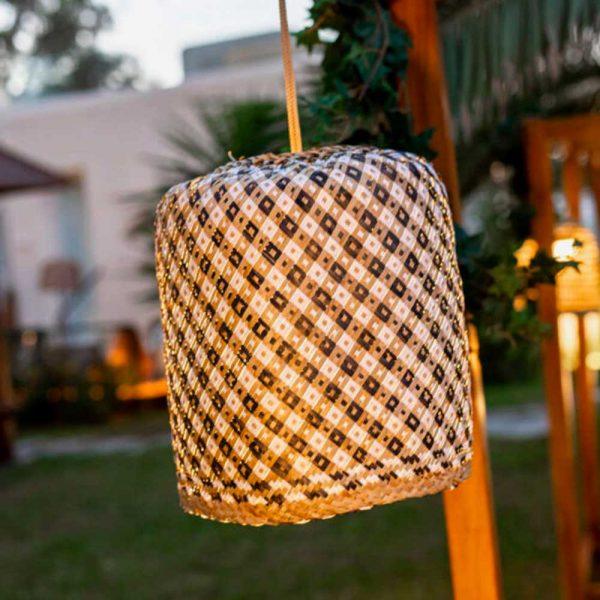 lampara-colgante-sin-cables-benirras-ratan-new-garden